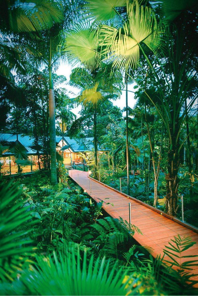 Silky Lodge