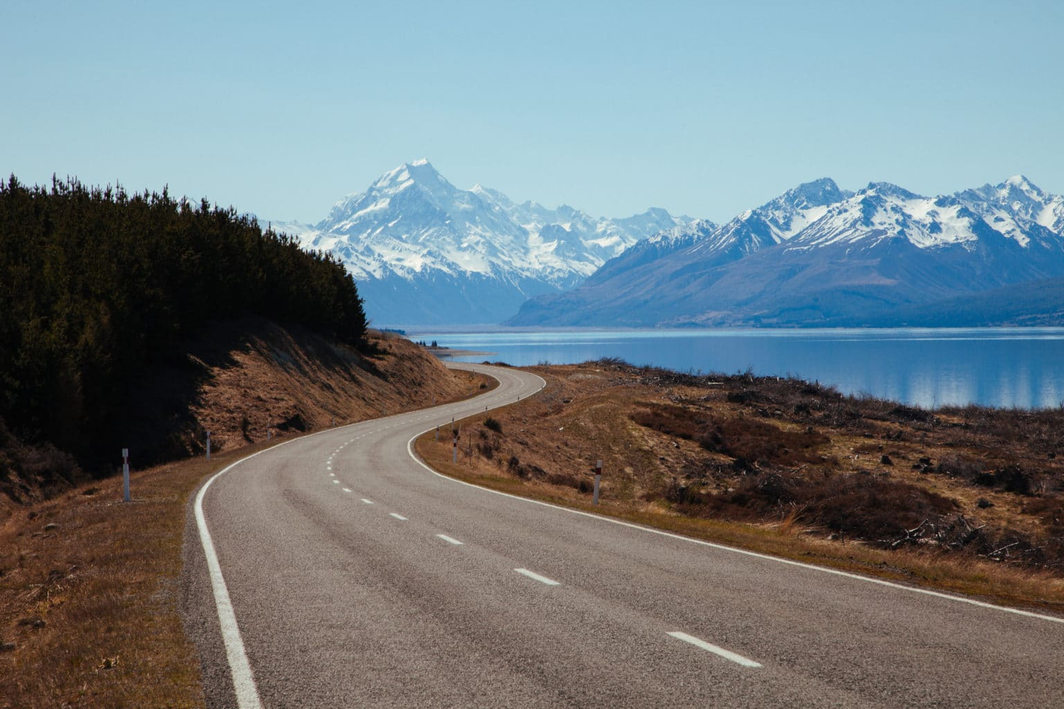 Road to Mount Cook, Aoraki National Park, New Zealand